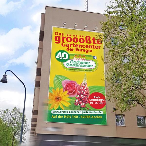 Riesenbanner am Hansemannpkatz Erstes Aachener Gartencenter