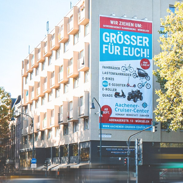 Riesenbanner am Hansemannplatz Aachener Cruiser Center